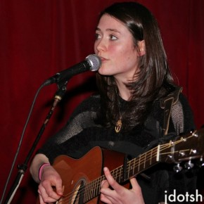 "JDOT TV: Rachel Sermanni Performs ""Song to a Fox"" at The Delancey (NYC)"